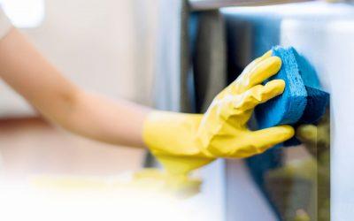 Deep Cleaning vs. Regular Maintenance